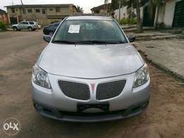 Cool clean accident free Pontiac vibe 06