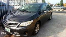 Neatly used TOYOTA COROLLA 2011 model bought brand new