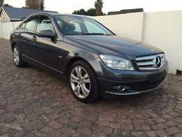 2010 Mercedes C200k Auto Avantgarde,with only 118000 kms,very clean ca