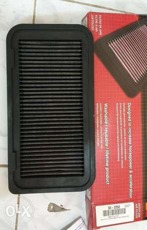 K&N Engine Air Filter, excellent condition For corolla 2006