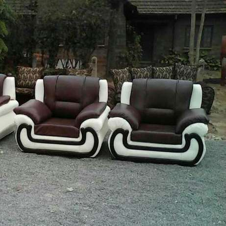 Five seater leather Gikomba - image 1