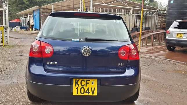 Vw golf fsi..very clean never used since import Nairobi CBD - image 2