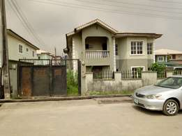 Fantastic 5 Bedrooms Fully Detached Duplex For Sale At Gbagada, Lagos