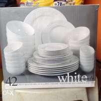 6 Sets of White Element Beacon Hill Scalloped New plates, 42-Piece Set