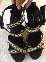 Ladies heels for sale (size 6)