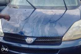 Very clean Reg 2004 Toyota Sienna First body