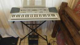 Casio keyboard and amp to swap for 6string bass
