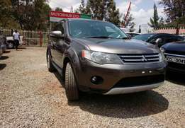 2010 Mitsubishi Outlander available for Sale