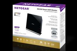 NETGEAR Netgear AC1200 Smart Wi-Fi Router with External Antennas (R622
