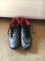 Nike Indoor Soccer BBoots Size 9