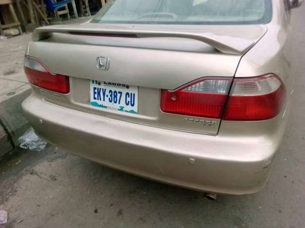 Registered Honda Accord, 2001 model. Yaba - image 2