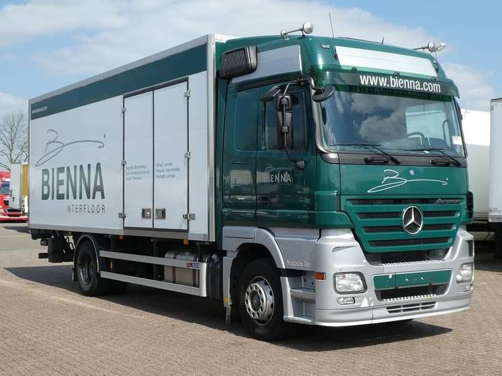 Mercedes-Benz ACTROS 1836 megaspace,eps,side d - 2006