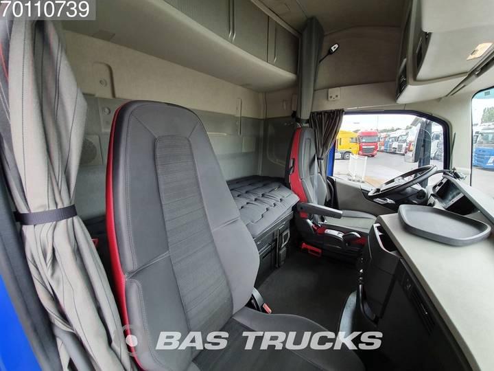 Volvo FH 460 4X2 Retarder ACC I-ParkCool Euro 6 - 2017 - image 10