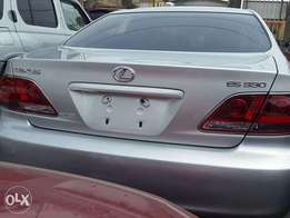 Lexus ES330 with navigation screen 2005 model