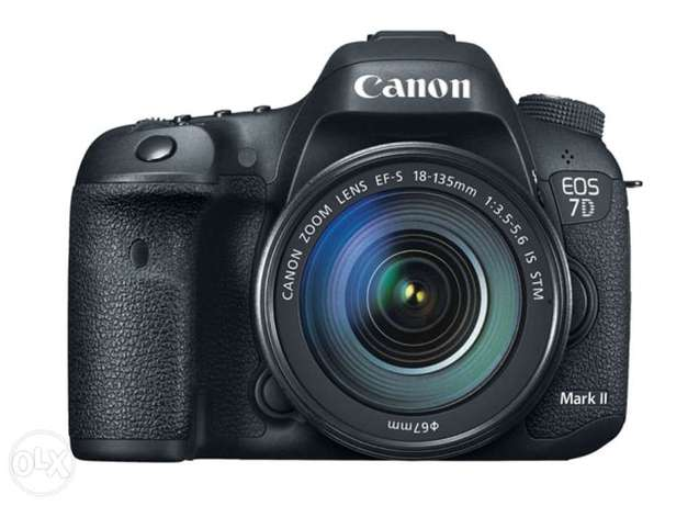 Canon EOS 7D Mark ii kit with 18-135mm IS USM Lens Highridge - image 5