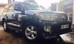 Toyota Land Cruiser vx 2008 loaded petrol on offer 3,999,999/=