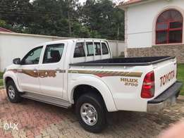 toyota hilux 2015 model brought brand new