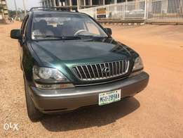 A Neatly Used 2003 Rx300 for Sale