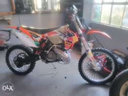 KTM 250 xcw many extras new starter and top end