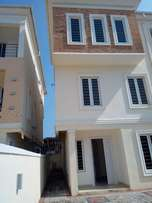 Superb five bedroom house with two room BQ