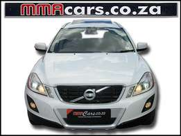 2010 VOLVO XC60 3.0T Geartronic AWD WITH SUNROOF R209,890.00