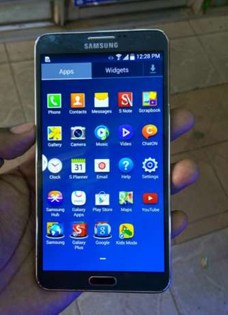 Samsung galaxy Note 3 on offer, ksh. 14500/= Nairobi CBD - image 1