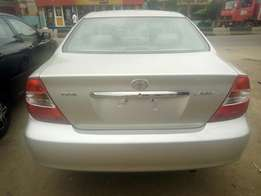Toyota Camry tokunbo for sale automatic gear 03 model