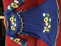 Плаття з вишивкою для дівчинки 5-6 років 2200d3ec87094