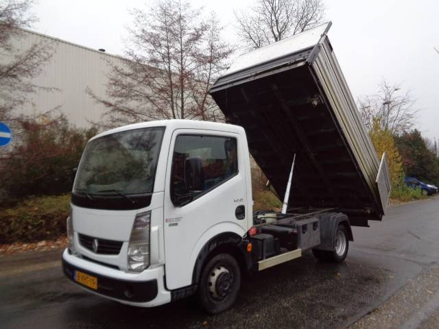 Renault Maxity 150D - 2010