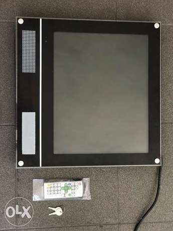 LCD Advertisement Screens ( Sale or Trade) . شاشات لعرض الدعايات