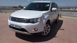 2009 model Mitsubishi Outlander