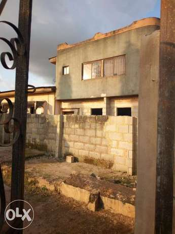 House for sale at danjuma akure Akure South - image 1