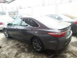 2015 Toyota Camry (Buy nd Rule)