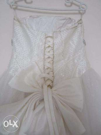WEDDING GOWN - IMPORTED & Shoes & Accessories - Used once Nairobi CBD - image 4