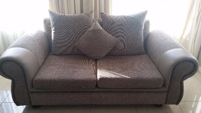 Taupe 5 seater Brand new Lounge suite East Rand Mall - image 2