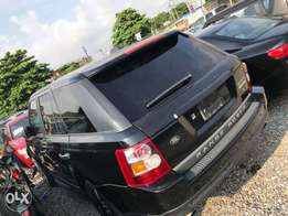 Range rover sport 2008 very clean first body