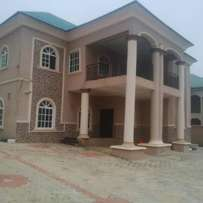 5 Bedroom Duplex With 2 Selfcontain BQ To Let. Price: 3.5m
