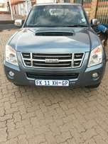 FOR SALE: Isuzu KB300