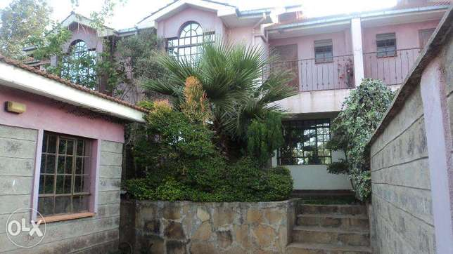 Four Bedroom Town House with a savant Quarters to let In Ngong Ngong Township - image 1