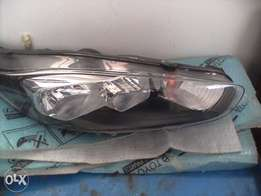 Ford fiesta right front headlight