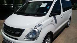 Hyundai H-1 2.4 CVVT Petrol Manual 9 Seater