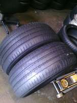 255/55/R18 Runflat on special for sale each tyre is R950