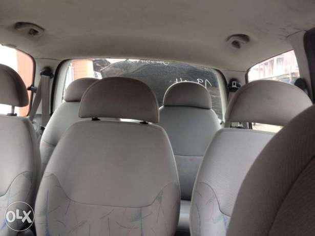 very clean first body Volkswagen sharan full option with A/C chilling Apapa - image 7