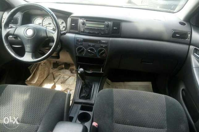 Toyota corolla sport foreign used 2006model annual Gear for sale Ikeja - image 3