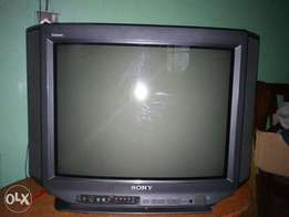 Sony 24inch tv with powerful speakers in good condition
