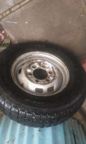 used Linglong R14 tire and steel rim Ongata Rongai - image 2