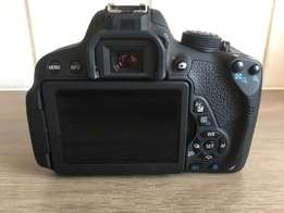 Canon 700D including 3 lenses and accessories for sale