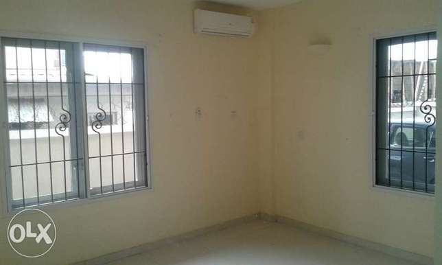 A Lovely 3 Bedrooms Flat for Rent in Lekki Phase 1, Lagos. Ikoyi - image 5