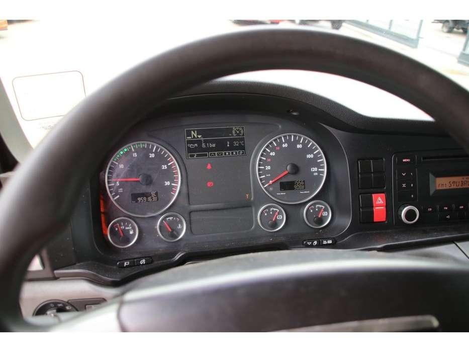 TGX 18.440 XLX + manual - 2009 - image 7