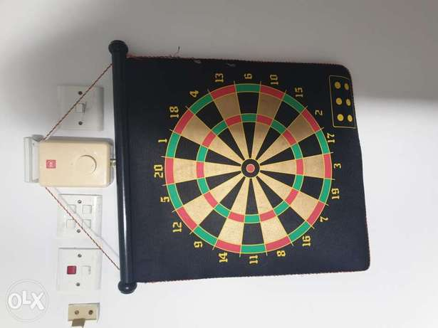 Dart game in v good condition...